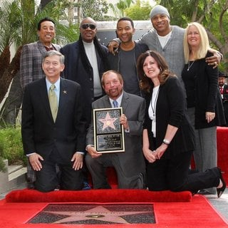 Smokey Robinson, Leron Gubler, Stevie Wonder, Ken Ehrlich, John Legend, LL Cool J in Ken Ehrlich Honored with A Star on The Hollywood Walk of Fame