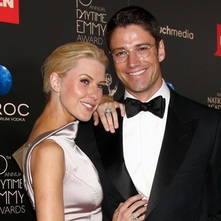 Kaitlin Robinson, James Scott in The 40th Annual Daytime Emmy Awards - Arrivals