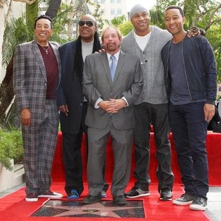 Smokey Robinson, Stevie Wonder, Ken Ehrlich, LL Cool J, John Legend in Ken Ehrlich Honored with A Star on The Hollywood Walk of Fame