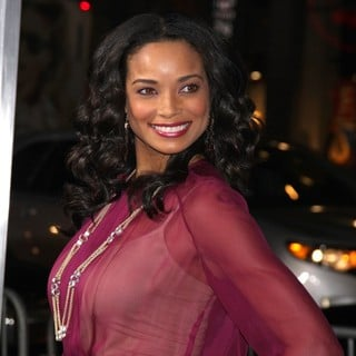 Rochelle Aytes in The Premiere of Joyful Noise - Arrivals