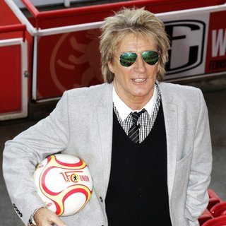 Rod Stewart in Photocall to Promote Live the Life Germany Tour in 2014