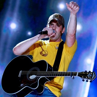 Rodney Atkins in The 2009 CMA Music Festival - Day 2 - The Ultimate Country Music Fan Experience