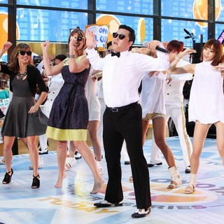 Al Roker, Natalie Morales, Savannah Guthrie, PSY in PSY Performs Gangnam Style Live as Part of NBC's Today Show Summer Concert
