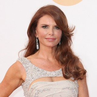 Roma Downey in 65th Annual Primetime Emmy Awards - Arrivals