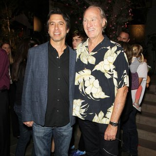 Craig T. Nelson in NBC's Parenthood 100th Episode Celebration and Cake-Cutting Ceremony - romano-nelson-parenthood-100th-episode-celebration-02
