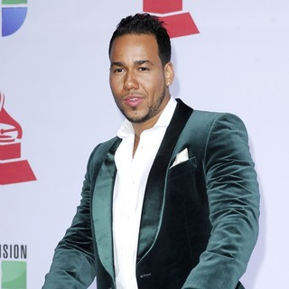 Romeo Santos in The 12th Annual Latin GRAMMY Awards - Arrivals