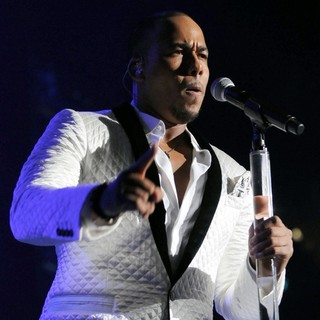 Romeo Santos in Romeo Santos Performs Live at American Airline Arena