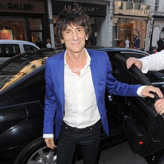 Ronnie Wood, The Rolling Stones in Ronnie Wood at The Halcyon Gallery After Visting The Warhol-Mauro New Colaborative Pop Art Show
