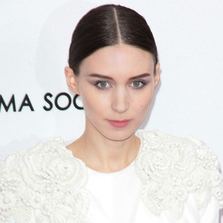 New York Premiere of Side Effects - rooney-mara-premiere-side-effects-03