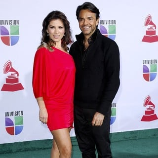 Alessandra Rosaldo, Eugenio Derbez in The 12th Annual Latin GRAMMY Awards - Arrivals