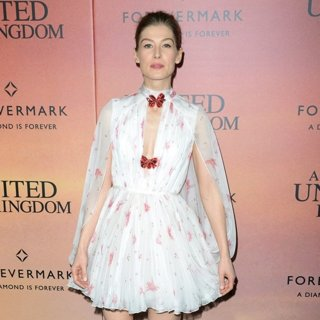 A United Kingdom World Premiere - Red Carpet Arrivals