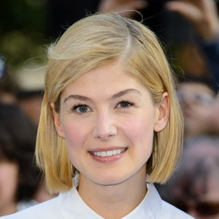 Rosamund Pike in UK Premiere of The World's End - Arrivals