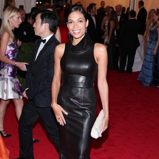 Rosario Dawson in Schiaparelli and Prada Impossible Conversations Costume Institute Gala