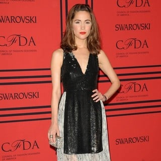 Rose Byrne in 2013 CFDA Awards - Arrivals