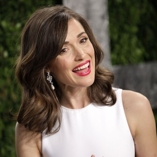 Rose Byrne in 2013 Vanity Fair Oscar Party - Arrivals - rose-byrne-2013-vanity-fair-oscar-party-01