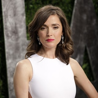 Rose Byrne in 2013 Vanity Fair Oscar Party - Arrivals - rose-byrne-2013-vanity-fair-oscar-party-02