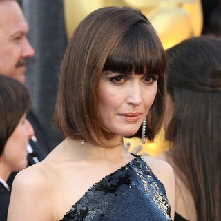 Rose Byrne in 84th Annual Academy Awards - Arrivals - rose-byrne-84th-annual-academy-awards-01