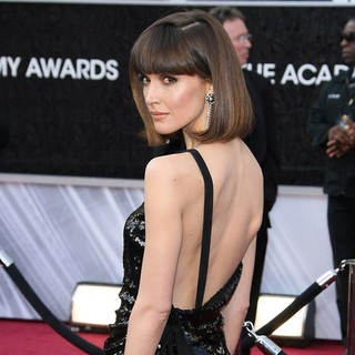 Rose Byrne in 84th Annual Academy Awards - Arrivals - rose-byrne-84th-annual-academy-awards-03