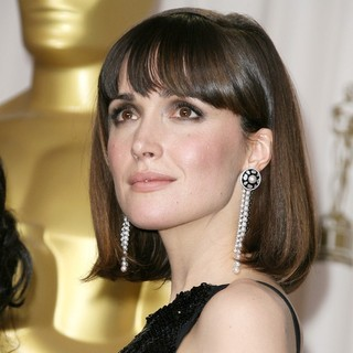 Rose Byrne in 84th Annual Academy Awards - Press Room - rose-byrne-84th-annual-academy-awards-press-room-01