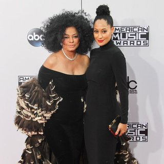 Diana Ross, Tracee Ellis Ross in 2014 American Music Awards - Arrivals