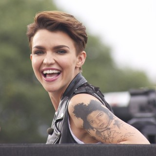 Ruby Rose - Ruby Rose Appears on Extra