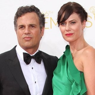 Mark Ruffalo in 66th Primetime Emmy Awards - Arrivals - ruffalo-coigney-66th-primetime-emmy-awards-01