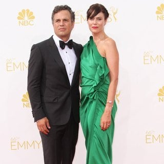 Mark Ruffalo in 66th Primetime Emmy Awards - Arrivals - ruffalo-coigney-66th-primetime-emmy-awards-02