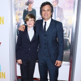 Mark Ruffalo in The New York Premiere of Begin Again - Arrivals - ruffalo-premiere-begin-again-01