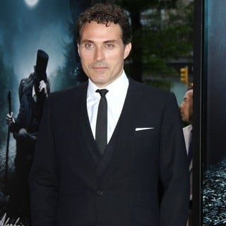 Rufus Sewell in The Premiere of Abraham Lincoln: Vampire Hunter