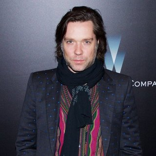 Rufus Wainwright in New York Premiere of Big Eyes - Red Carpet Arrivals