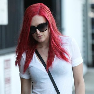 Rumer Willis Leaving Andy Lecompte