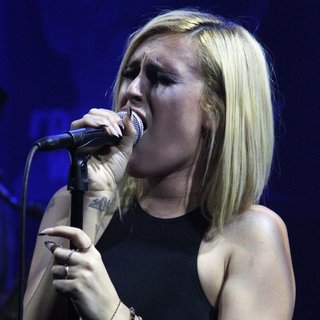 Rumer Willis Performs at The Sayers Club