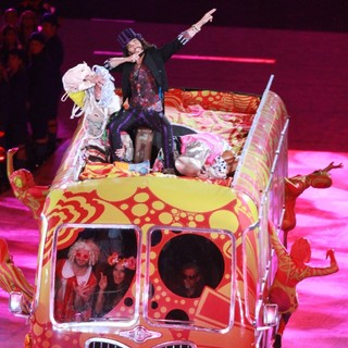 Russell Brand in London 2012 Olympic Games - Closing Ceremony