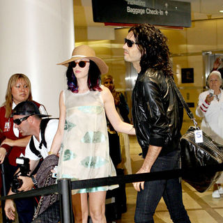 Katy Perry - Russell Brand and Katy Perry Arriving Together at LAX Airport to Catch A Flight