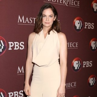 Ruth Wilson in Masterpiece Photocall at TCA Press Tour