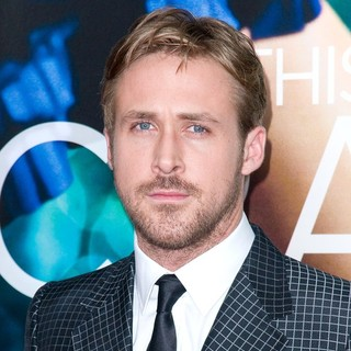 World Premiere of Crazy, Stupid, Love - Arrivals - ryan-gosling-premiere-crazy-stupid-love-01