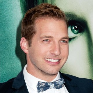 Ryan Hansen in Veronica Mars Screening - Arrivals