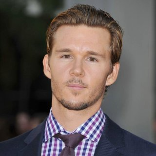 Ryan Kwanten in The Premiere of True Blood Season 4 - ryan-kwanten-premiere-true-blood-season-4-01
