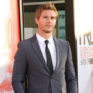 Ryan Kwanten in Los Angeles Premiere for The Fifth Season of HBO's Series True Blood - Arrivals - ryan-kwanten-true-blood-season-5-04