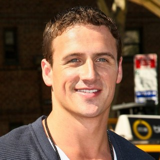 Ryan Lochte in Mercedes-Benz New York Fashion Week Spring-Summer 2013 - Project Runway - Outside