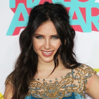 Ryan Newman in The 5th Annual Teennick Halo Awards