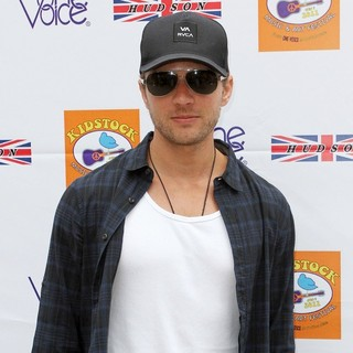 Ryan Phillippe in Hudson Jeans Sponsors The 5th Annual Kidstock to Benefit One Voice Scholars Program
