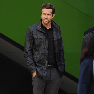 Ryan Reynolds in Filming Scenes for The Movie R.I.P.D.
