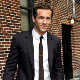 Ryan Reynolds in Celebrities Outside The Ed Sullivan Theater for The David Letterman Show