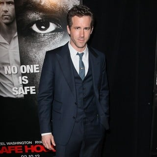 Ryan Reynolds in The Safe House Premiere - Arrivals