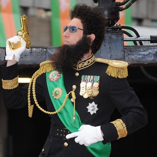 Sacha Baron Cohen in World Premiere of The Dictator - Arrivals - sacha-baron-cohen-uk-premiere-the-dictator-10