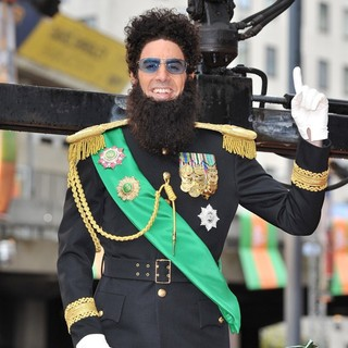 Sacha Baron Cohen in World Premiere of The Dictator - Arrivals - sacha-baron-cohen-uk-premiere-the-dictator-12