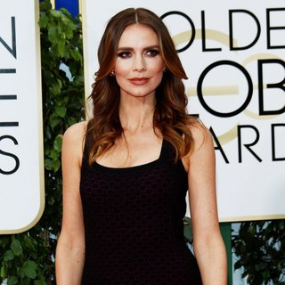 Saffron Burrows in 73rd Annual Golden Globe Awards - Arrivals