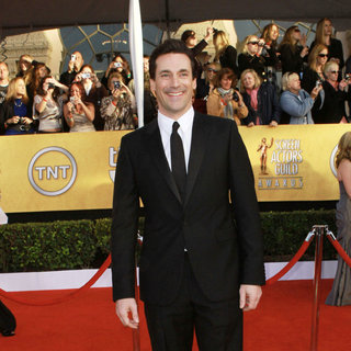 Jon Hamm in The 17th Annual Screen Actors Guild Awards (SAG Awards 2011) - Arrivals