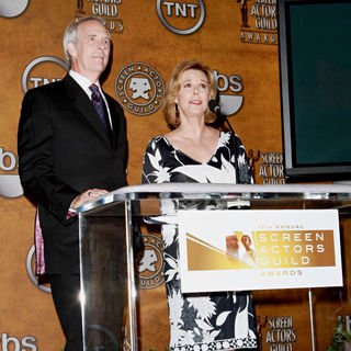 Daryl Anderson, Jobeth Williams in Nomination Announcement for The 2011 Screen Actor's Guild Awards